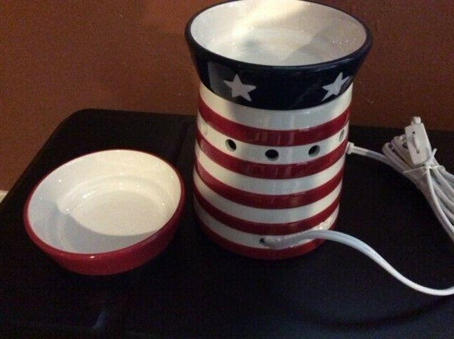 """2010 """" Shoppe """" With Extra Patriotic NEW"""