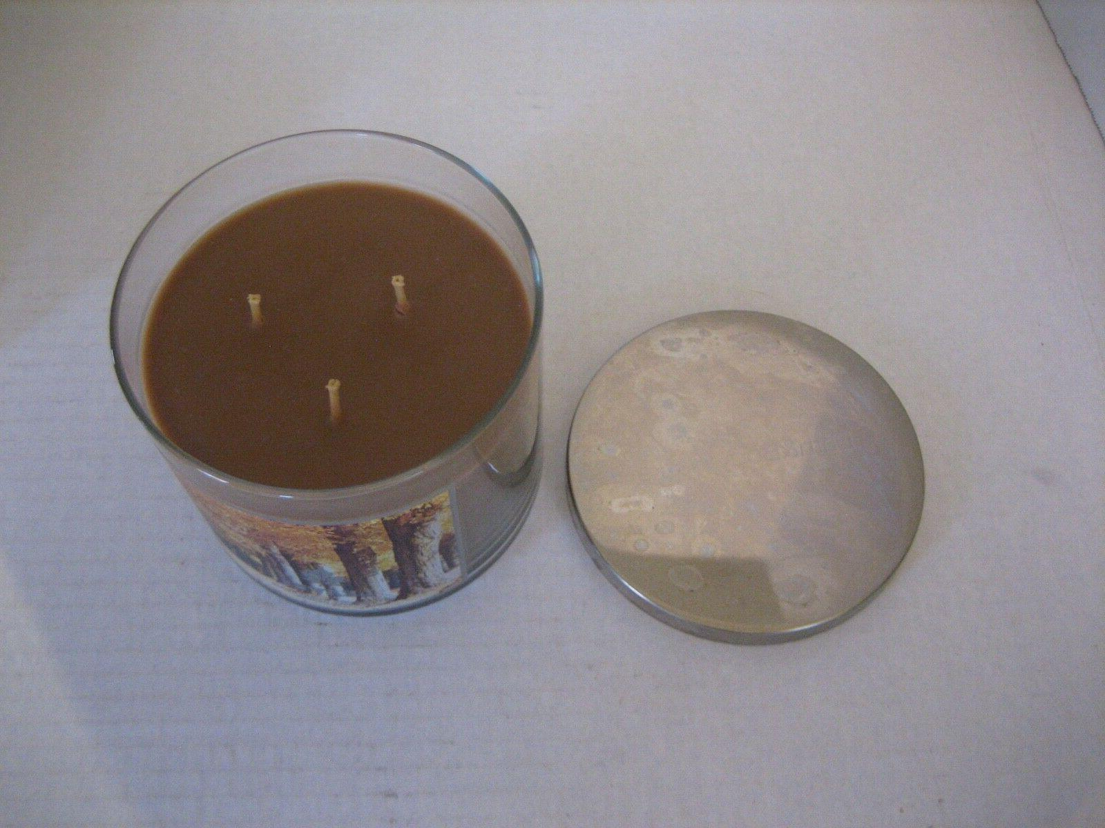 Bath & Body Leaves Brown Wick Scented Candle/w Lid 1/2in.Tx4in.W